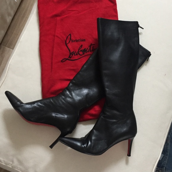 """info for fd5ad 15391 Christian Louboutin """"Red Bottom"""" Leather Heels."""